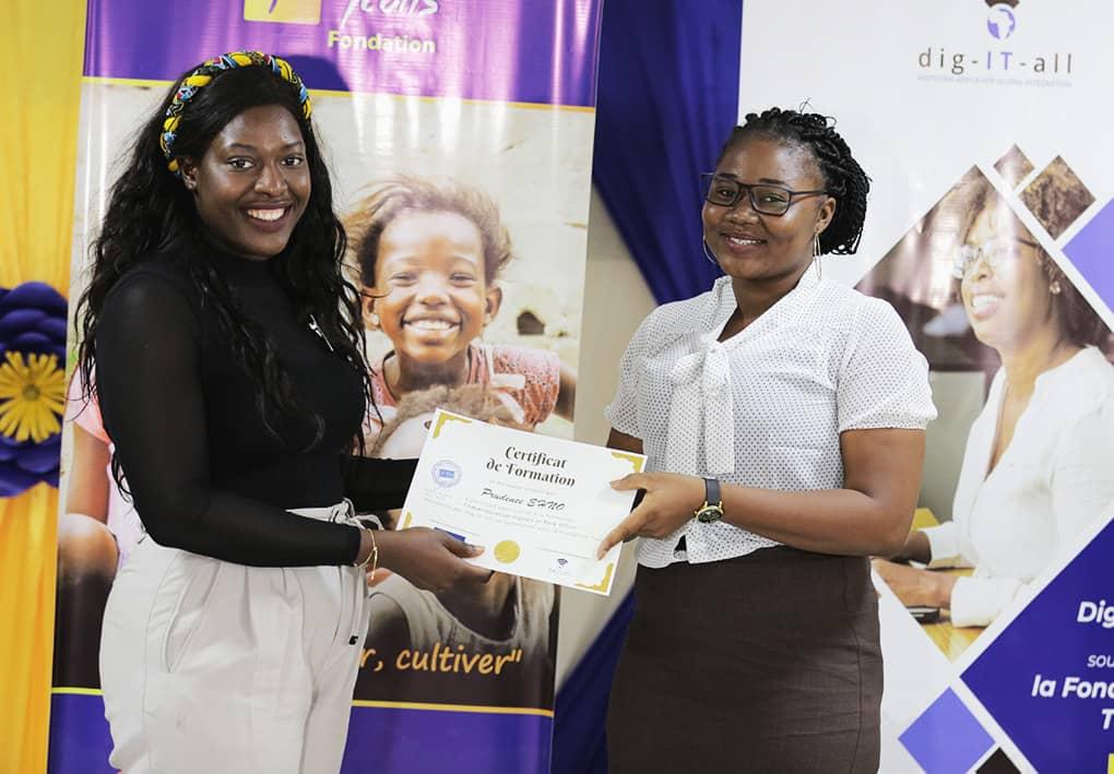 Digital House pour améliorer les compétences numériques des femmes